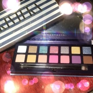 Anastasia makeup Eyeshadow pallette
